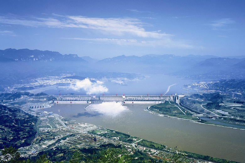 gorges dam China's three gorges dam has the ability to survive nuclear attack, a hydropower expert has claimed following heated discussions about the safety of the nation's nuclear projects and their implications on the dam, mainland media reports.